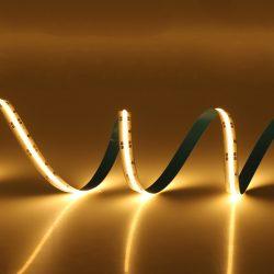 10W COB 3000K meleg fehér LED szalag folytonos, homogén fénnyel 12V 400LED/m Ledfutar